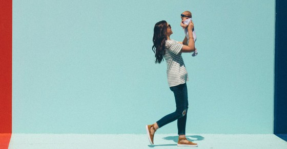 cac41d4df49 7 Tips for Postpartum Clothes That Won t Make You Look Pregnant