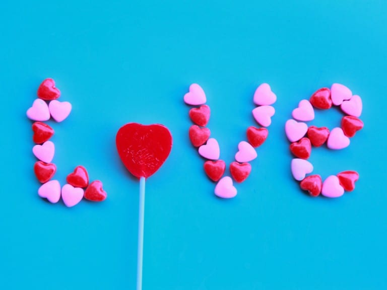 14 Unknown Love Songs for the Perfect DIY Valentine's Day Gift