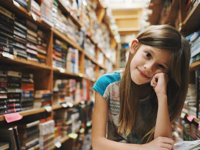 To raise smart kids, read aloud to big kids too